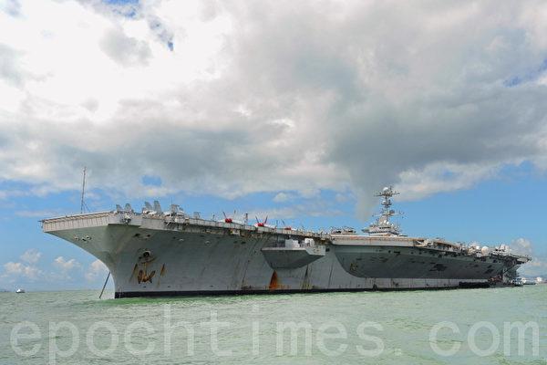 美國兩航母戰鬥群 西太平洋巡弋