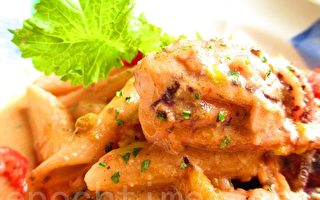豆漿白醬魷魚義大利麵