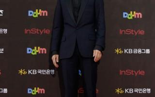 《狼族少年》观众数将破500万 刷新韩情感片纪录