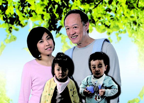 去年喜获一双龙凤双胞胎的六旬新手老爸金士杰携手家人献出卫教代言初体验。(图/纵横传讯公关提供)