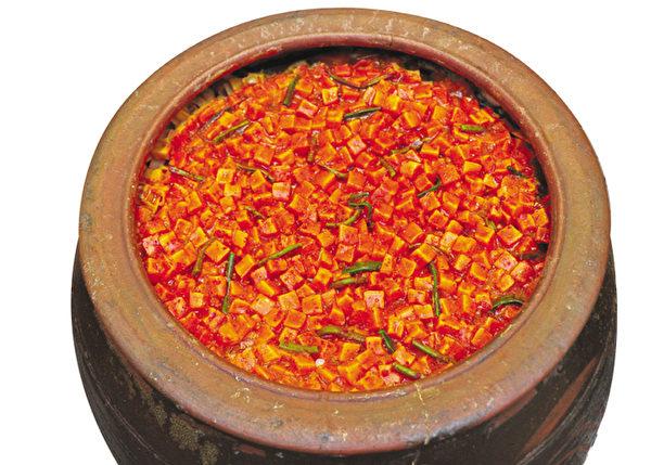 古人早知到蘿蔔辣泡菜的美味。(李裕貞/大紀元)