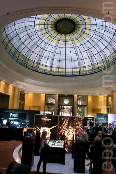 展會在著名的巴伐利亞酒店舉辦(攝影:黃芩/大紀元)