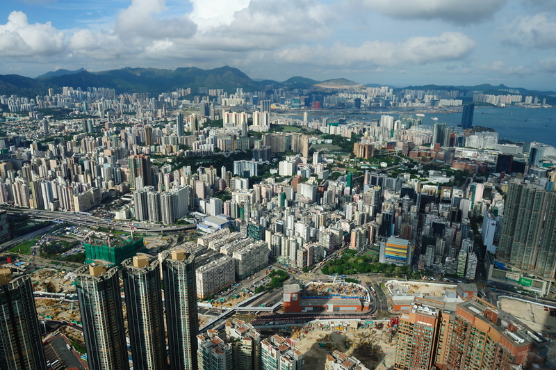 中共下令中共國企進軍香港房地產在內的多個行業。(攝影:宋碧龍/大紀元)