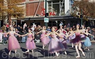 【图片报导】蒙郡感恩节游行拉开节日序幕