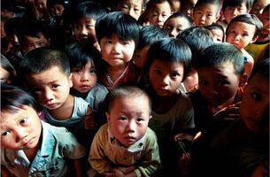 世界爱滋病日 习温李见患者 李长春难脱河南血灾罪责