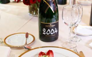 组图:第70届金球奖晚宴菜式精美考究