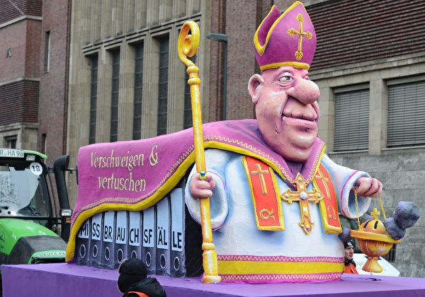 教会掩盖关于神职人员性侵儿童的罪恶(PATRIK STOLLARZ/AFP/Getty Images)