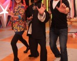 戴君竹和路斯明第一次上魔術節目《達人總動員》宣傳新戲。(圖/中視提供)