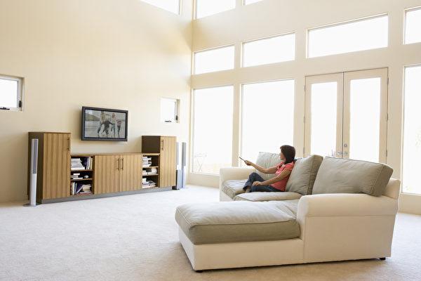 5招让壁挂电视提升视觉美感 空间变大