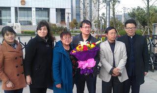 各界聲援為法輪功辯護遭拘留律師 法院被迫放人