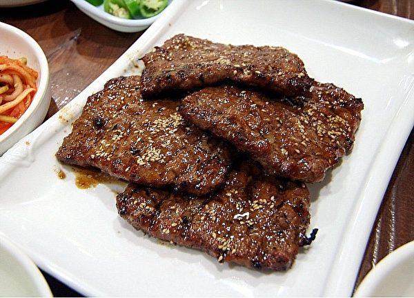 光州的美食「排骨年糕」