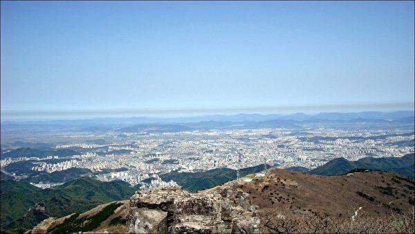 從無等山眺望的光州市全景(網絡圖片)