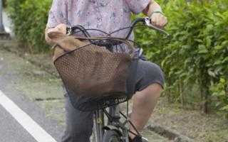 丁也恬最具有挑戰的運動竟然是看似簡單的騎腳踏車。(圖/客家電視台提供)