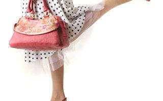 研究:女用手提包细菌多 肮脏胜厕所