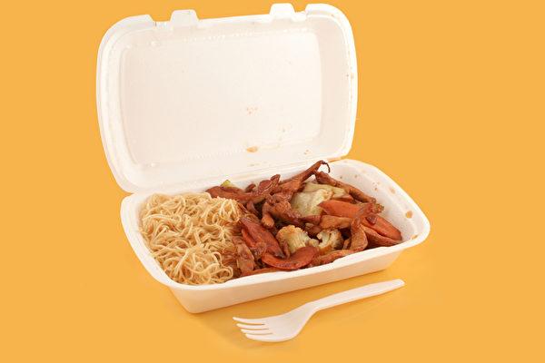 中国一次性发泡餐具今解禁 白色污染或重现