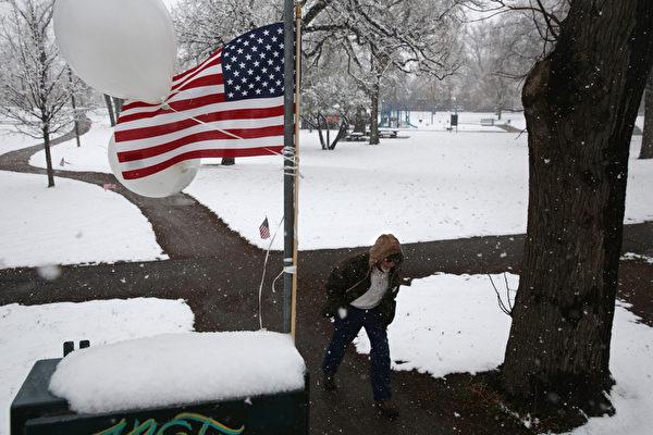 「瘋狂溫度對比」美科羅拉多五月降大雪