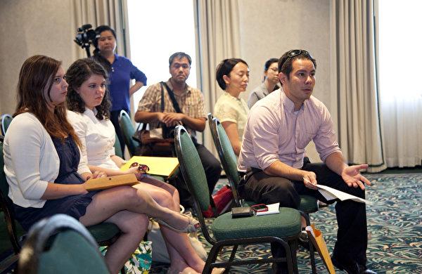 參加記者會的西方媒體(攝影:季媛/大紀元)