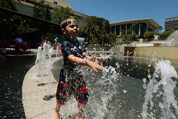 热浪席卷美西 创历史高温 影响四千万居民
