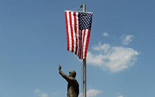 美国国庆在即 欢庆自由 节日气氛浓