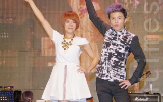 江美琪與小宇聯手開秀 三小時連唱數十首歌