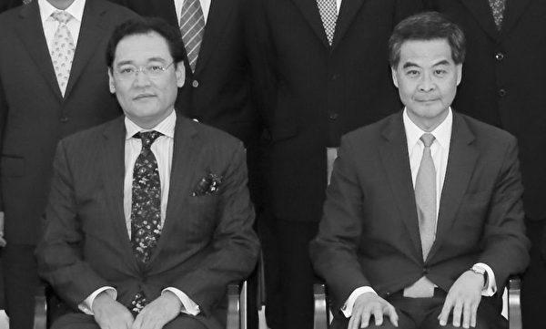 華潤集團老總宋林(左)、香港特首梁振英(右)。(中國企業協會網頁)