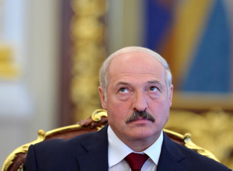 圖為白俄羅斯總統盧卡申科。(SERGEI SUPINSKY/AFP)