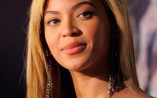 """碧昂丝骑单车赴个唱 Jay-Z""""空降""""当嘉宾"""