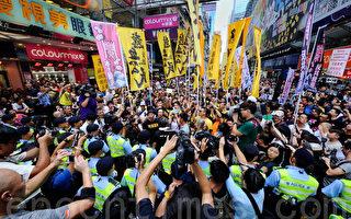 本週日香港成國際聚焦點 梁振英落區 港府如臨大敵