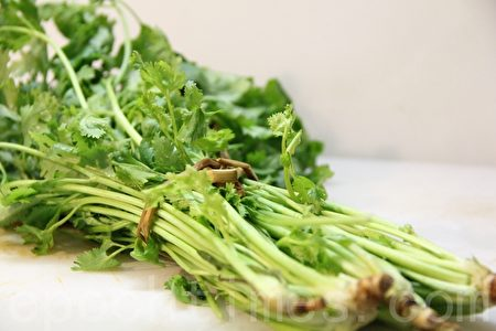 新鮮芫荽Cilantro (coriander)(攝影:ALEX/大紀元)