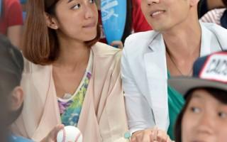 棒球场拍吻戏 胡宇威陈庭妮受全场欢呼