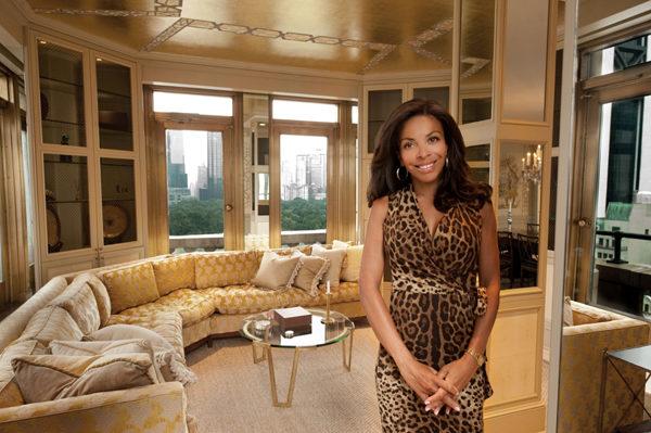 独家代理人黎莎.西蒙森,多次创造豪宅销售纪录,在纽约顶级交际圈有独特的人脉。(图/Lisa Siomonsen提供)