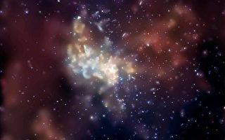 吞噬巨大气态云 一超级黑洞引密切关注
