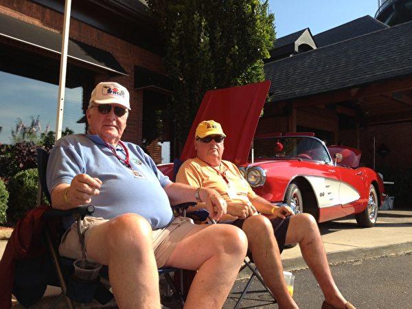 美國Corvette修復者學會資深會員John Darwin (林慧心/大紀元)