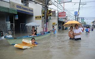 菲国洪灾肆虐 马尼拉70%地区淹水 7人死