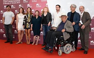 第70届威尼斯影展开幕 《地心引力》获赞