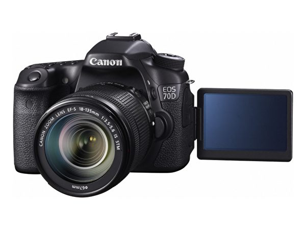 EOC 70D的LCD萤幕有触控功能,且能翻转。(图:Canon提供)