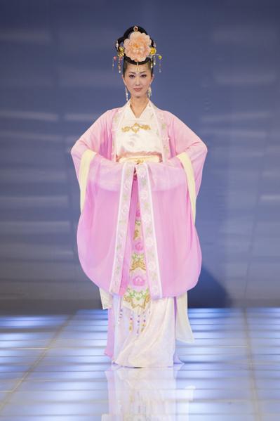 新唐人第四屆全球漢服回歸設計大獎賽回顧