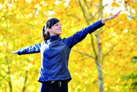 秋天多到戶外做有氧運動,有益身心健康(Fotolia)