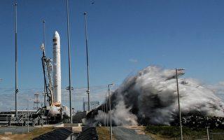 """组图:美国发射""""安塔瑞斯""""号运载火箭"""