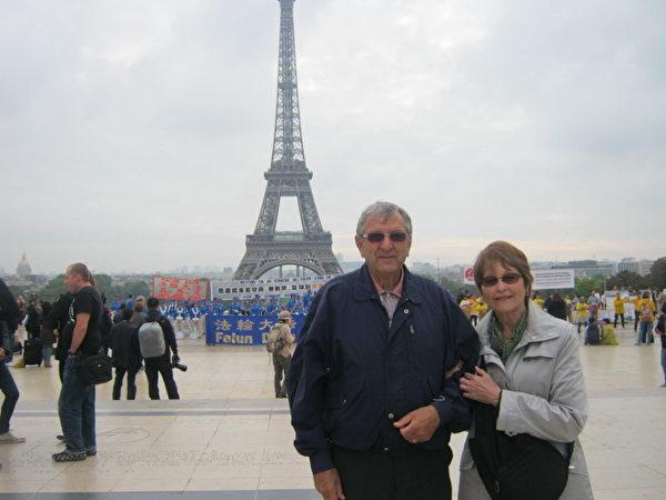 魁北克的外国夫妇André和她的先生René Mark  (摄影:慈蕊/大纪元)