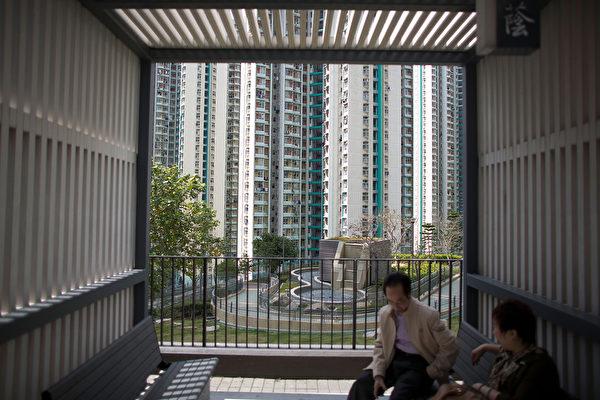 楼价指数创新低 人口与房策环环相扣