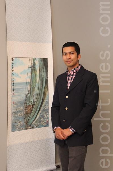 戴索沙在辦公室接受了大紀元的專訪。圖為他收藏的好友繪製的中國畫。(攝影:Lucy/大紀元)