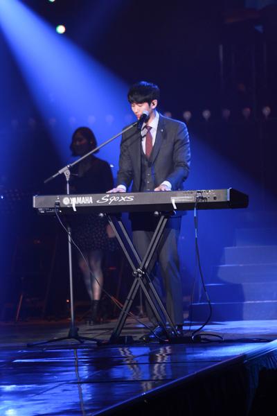 2AM首尔演唱会于12月7日首尔开唱,图中为瑟雍。(公关提供)