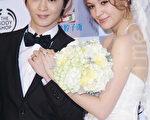 纪佳松和张榕容12月29日补办婚宴。(黄宗茂/大纪元)