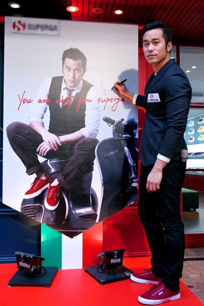 張孝全今(9)日現身一場休閒鞋品牌發表會。(公關提供)