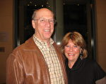 Jeff Krida是一家大型汽船公司美國皇后汽船公司(American Queen Steamboat)的創建人,他今天和太太Rebecca Krida一同觀看了神韻演出。 (蘇筱/大紀元)