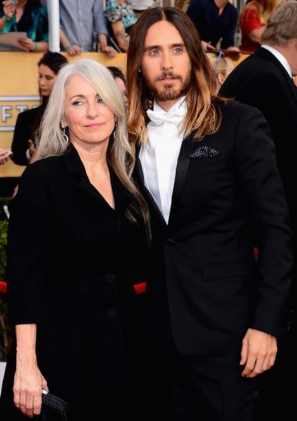 《达拉斯买家俱乐部》男配角杰瑞德•莱托与母亲(Ethan Miller/Getty Images)