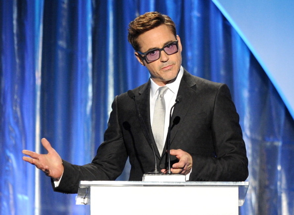 """""""钢铁侠""""小罗伯特•唐尼是颁奖嘉宾之一。(Photo by Kevin Winter/Getty Images)"""