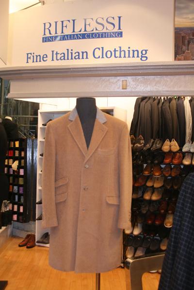 """每一位来到"""" Riflessi""""的男士都可以拥有完全属于自己的独一无二的服饰搭配,达到个性和时尚的完美结合。(摄影:王晓莲/大纪元)"""