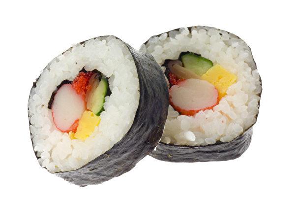 日本菜餚壽司就使用紫菜包裹(Fotolia)